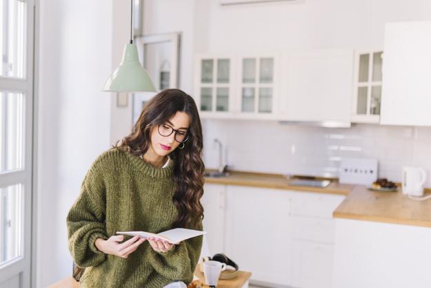 come scegliere gli occhiali da lettura