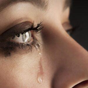 cosa scatena le lacrime