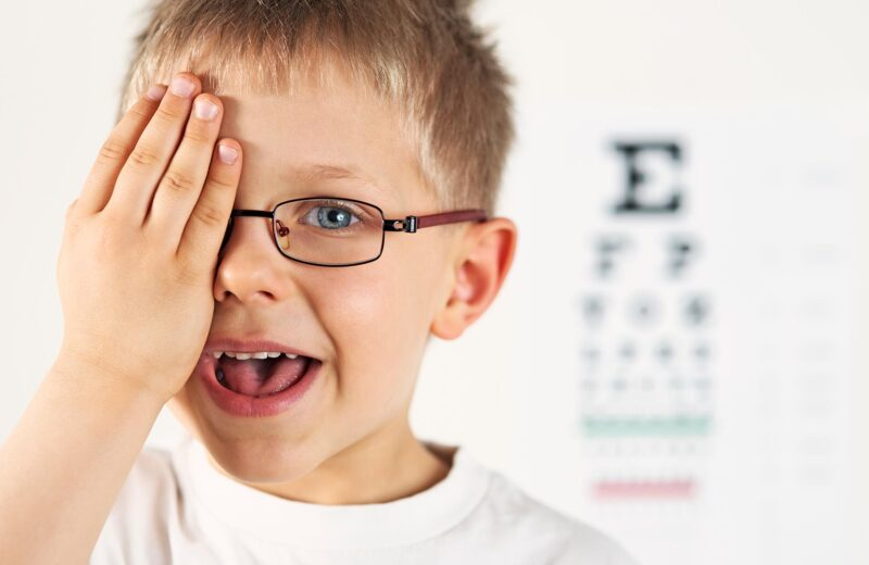 Prendersi cura della vista dei bambini